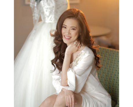 Bridal portrait 101..... simply chell...   Fujixt3 with goodox lighting  @althea...